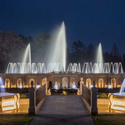 Fountains-at-night_Credit-Daniel-Traub